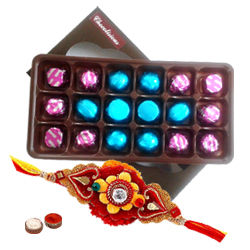 Stylish Rakhi with a Pack of Exceptional 18 Pcs Chocolates