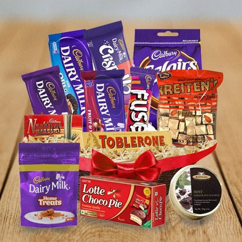 Scrumptious Chocolates Assortment Hamper