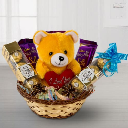 Exclusive Teddy with Chocos Basket