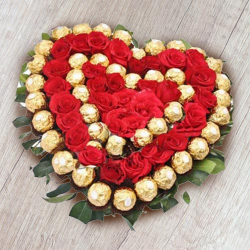Heart Shaped Arrangement of Ferrero Rocher n Red Roses