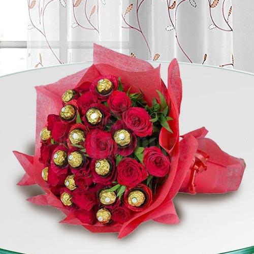 Premium Bouquet of Ferrero Rocher Chocolate with Roses