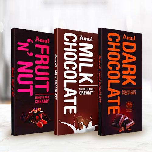 Delectable 3 pcs Amul Chocolates Gift Combo