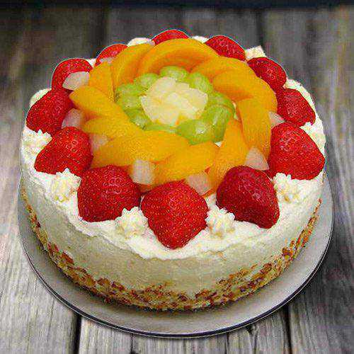 Yummy Eggless Fresh Fruit Cake