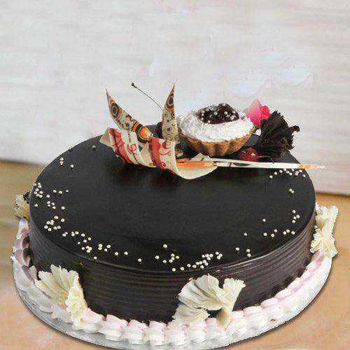 Delightful 2 Kg Truffle Cake from 3/4 Star Bakery