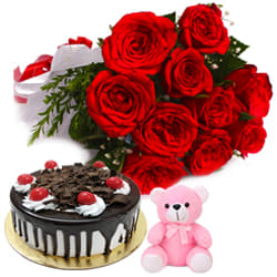 Delicate Red Roses Bouquet with Other Assortments