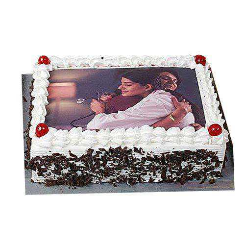 Appealing Black Forest Photo Cake