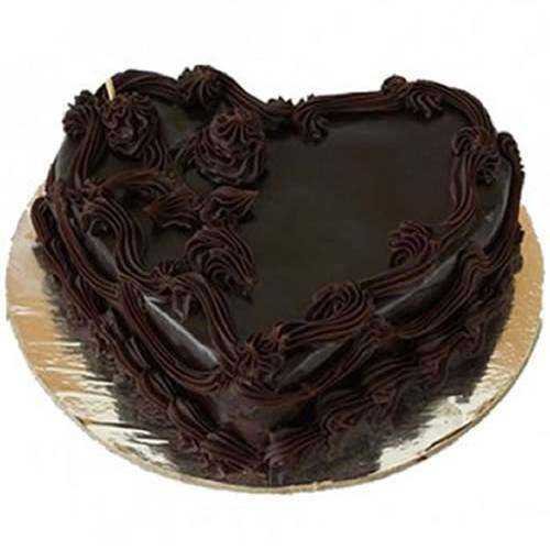 Dark Chocolate Cake in Heart-Shape