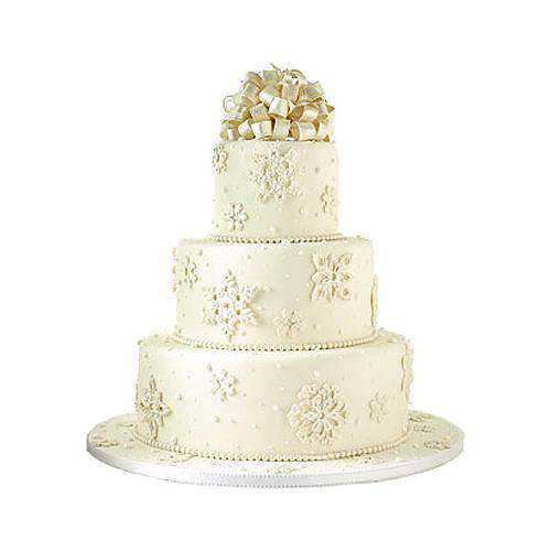 Enticing 3 Tier Wedding Cake