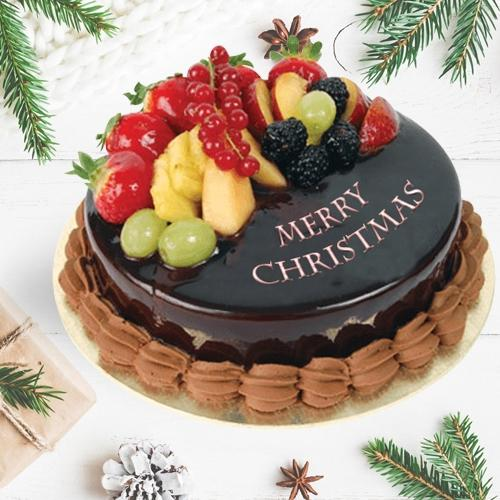 Lip-Smacking Fresh Fruits Cake