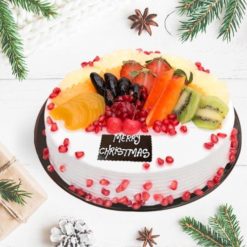Tasty Fresh Fruits Cake