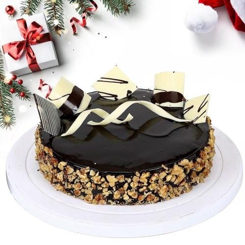 Delectable Walnut Cake for X-mas