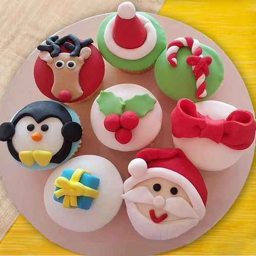 Amazing Gift of Cup Cakes for X-mas