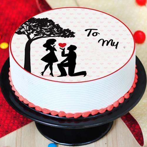 Luscious Customized Vanilla Photo Cake for Propose Day