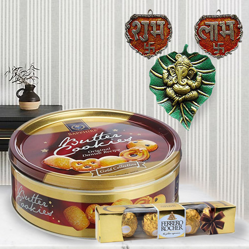 Lip-Smacking Delicacy Delight Gift Hamper