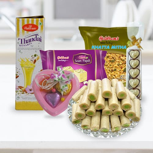 Delectable Sweets N Namkeen Hamper