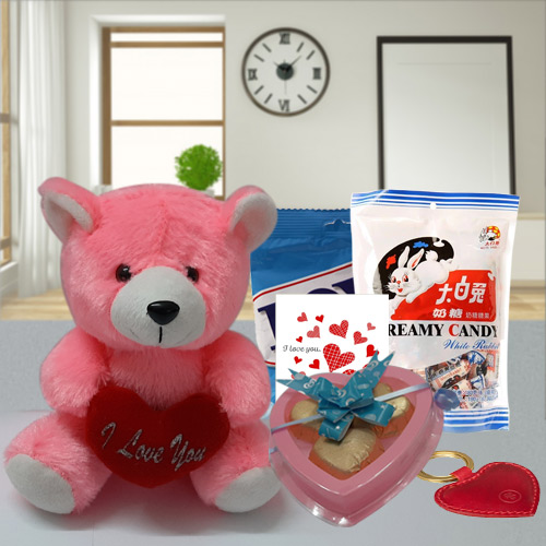 Delightful Love Special Hamper