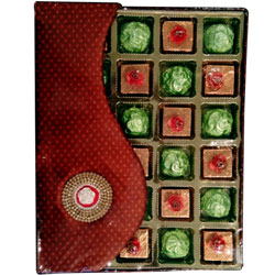 Delightful Combo of Home-made Butterscotch N Crackle Chocolates Pack