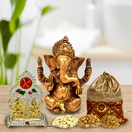 Classic Vighnesh Ganesh Idol with Dry Fruits Potli and Mandap