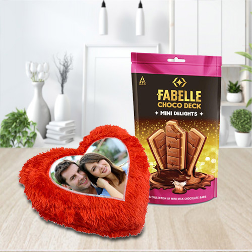 Magical ITC Fabelle Mini Delight Chocolate with a Personalized Cushion
