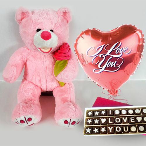 Mesmerizing Be My Valentine Combo Gift
