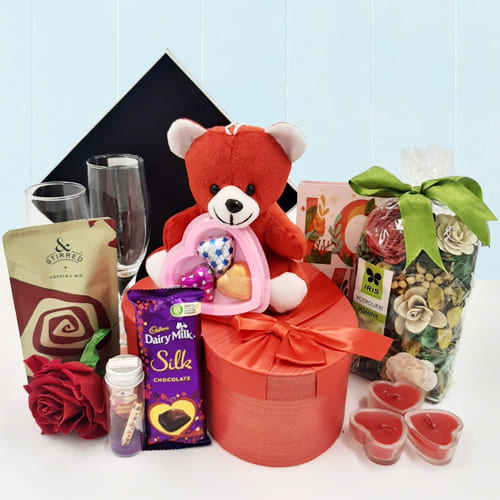 Lovely Aroma of Love Gift Hamper