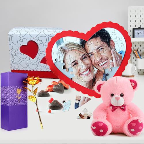 Mesmerizing Personalized Gift Combo