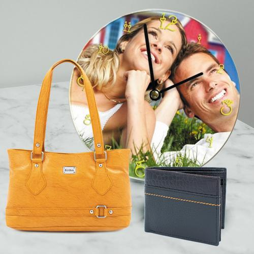 Admirable Wedding Anniversary Personalized Gift Combo for Couples