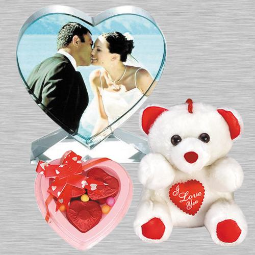 Outstanding Personalized Heart Crystal with Heart Chocolates n Cute Teddy