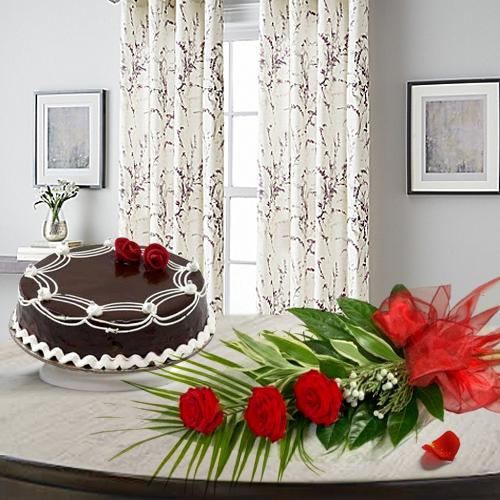 Graceful 3 Red Roses with 1/2 Kg Chocolate Cake