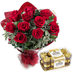 Combo of Red Roses Bouquet with Ferrero Rocher Chocolates