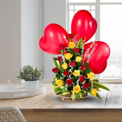 Wonderful Roses Arrangement with Red Heart Shaped Balloons