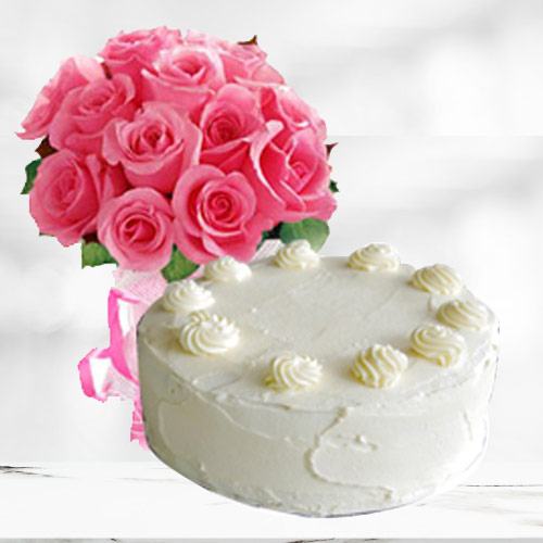 Marvelous Vanilla Cake with Pink Roses Bouquet