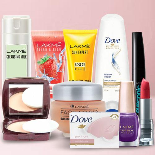 Outstanding Cosmetics Combo for Ladies