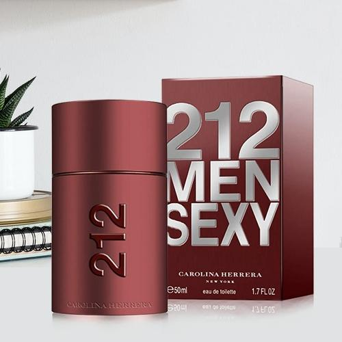 Marvelous Fragrance of Carolina Herrera 212 Sexy Men Eau de Toilette for Her