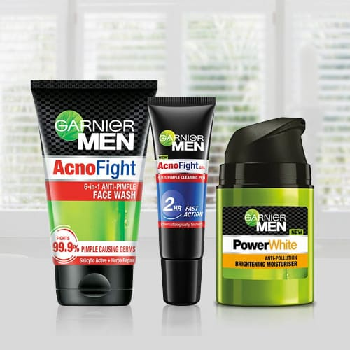Wonderful Men Acno Fight Anti-Pimple Kit from Garnier