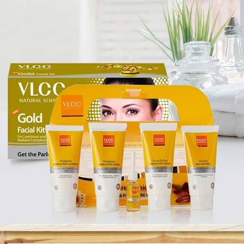 Glowing Look Gold Facial Kit with Pedicure and Manicure Kit from VLCC