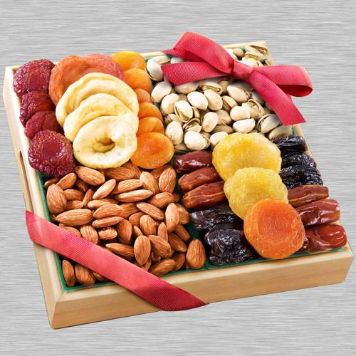 Supreme Quality Dry Fruits Platter