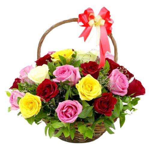 Pretty Mixed Roses Arrangement