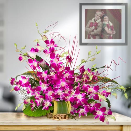 Gift Arrangement of Fresh Orchids