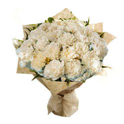 Pretty White Carnations Bouquet