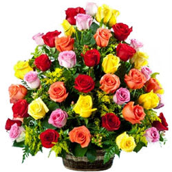 Eye-Catching Arrangement of Colorful Roses