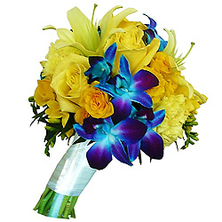 Exquisite Bouquet of Mixed Flowers