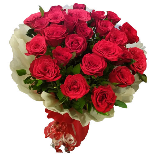 Lovely Bouquet of Red Roses