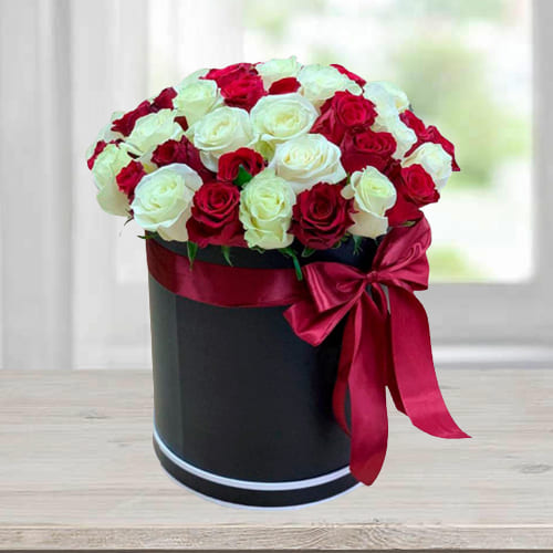 Marvelous Barrel Box of Red n White Roses