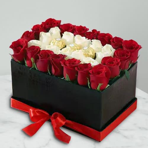 Wonderful Love Duet of Roses with Ferrero Rocher