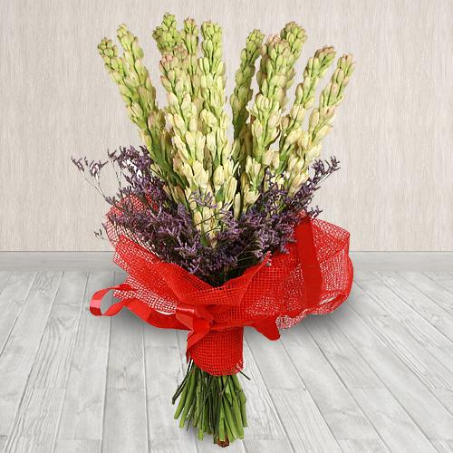 Charming Hand-Designed Bouquet of Tuberoses in Tissue Wrapping