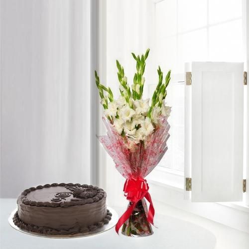 Striking Gladiolus Bouquet with Chocolate Cake