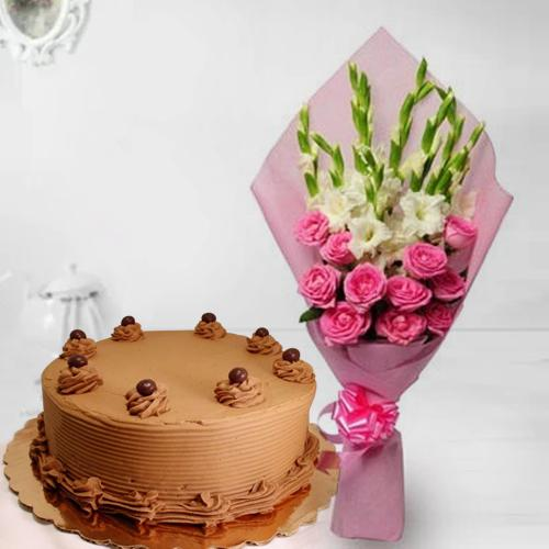 Beautiful Roses n Gladiolus Bouquet with Chocolate Cake