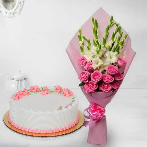 Captivating Roses n Gladiolus Bouquet with Strawberry Cake