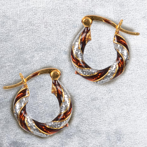 Beautiful Gold Toned Metal Looped Earrings Set